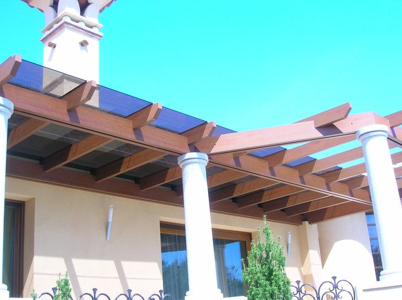 Pergole con copertura Pergolati legno Pergosystem ...